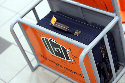 viajero ten cuidado easyjet reduce las dimensiones de la maleta de mano. Black Bedroom Furniture Sets. Home Design Ideas